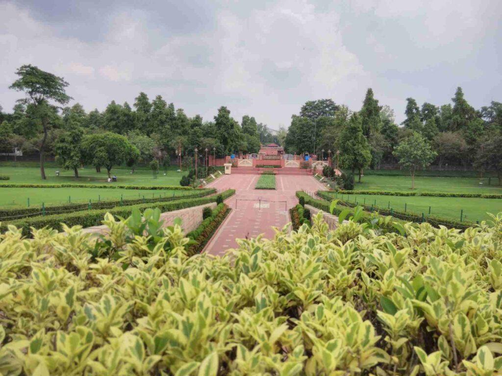 A Complete Travel Guide To Delhi: Raj Ghat