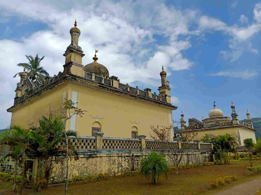 rajas tomb image